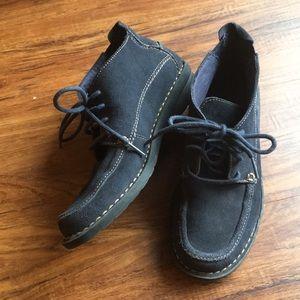 Clark's bendables, suede shoes size 6
